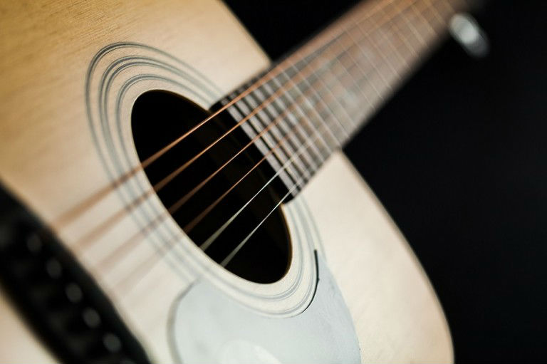 A Complete Beginners Guide – Reading And Playing Guitar Tabs!