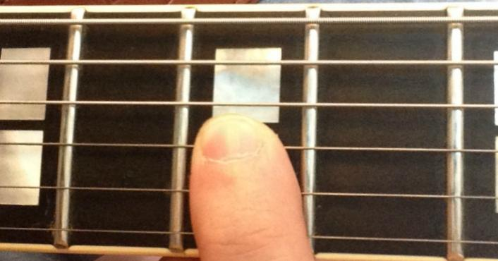 How to Fret Chords Correctly