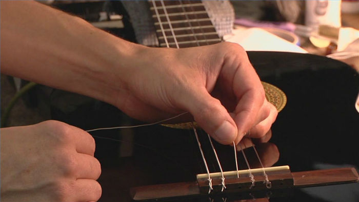 When is it Time to Change Guitar Strings?
